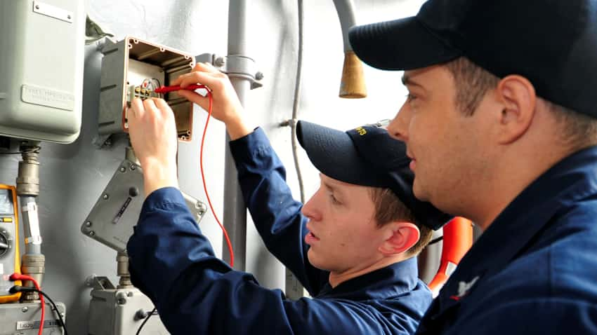 Electricians Crowborough solve the problem on the first attempt