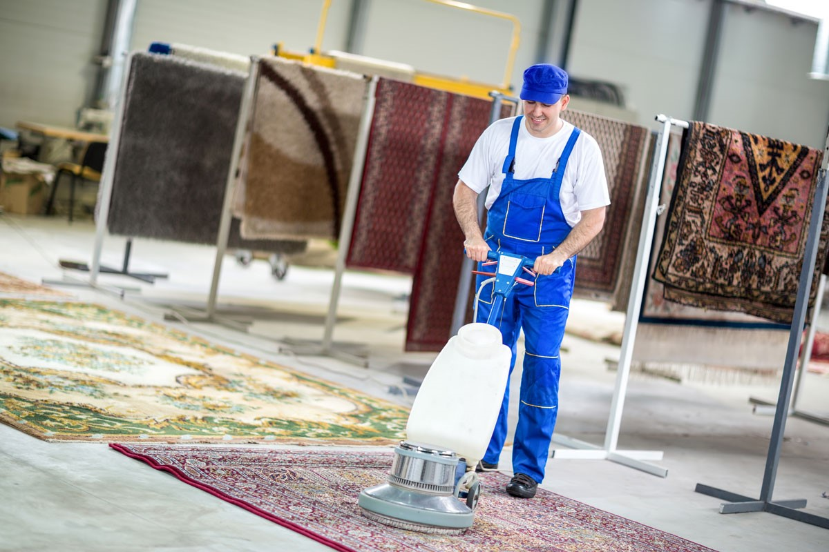 Five Questions to Ask Before Hiring a House Cleaning Company