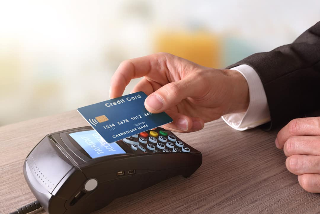What are the Basic Advantages of Using Credit Cards