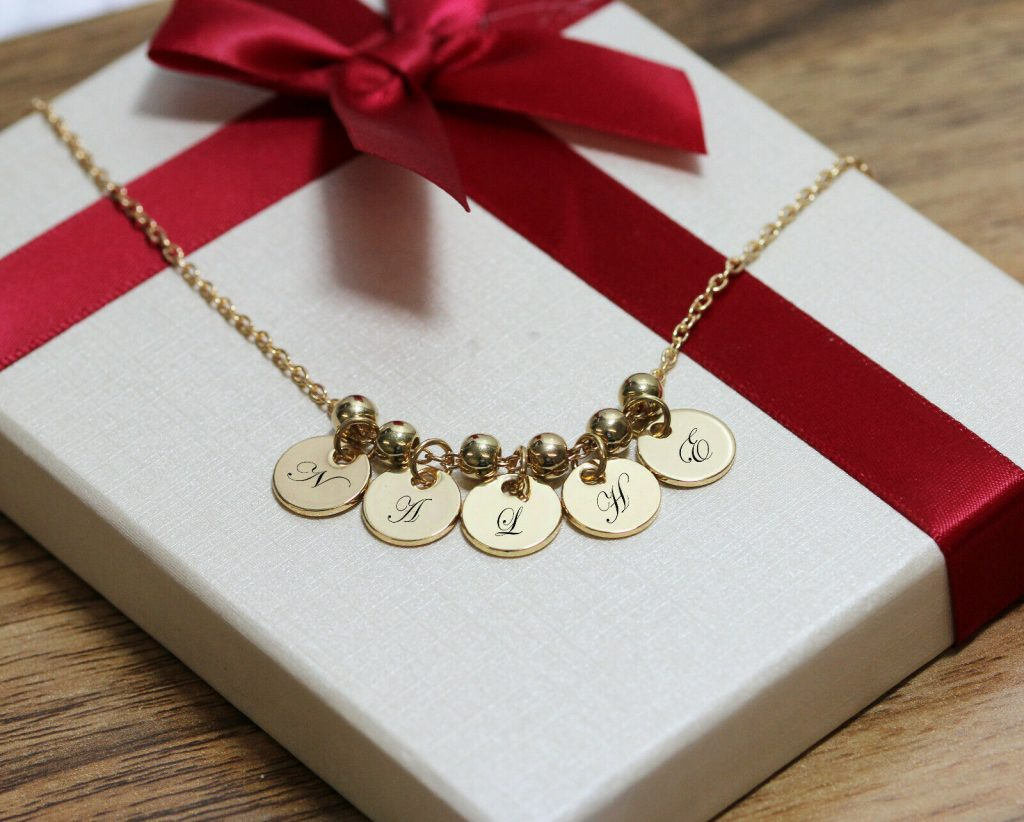personalized gifts uk