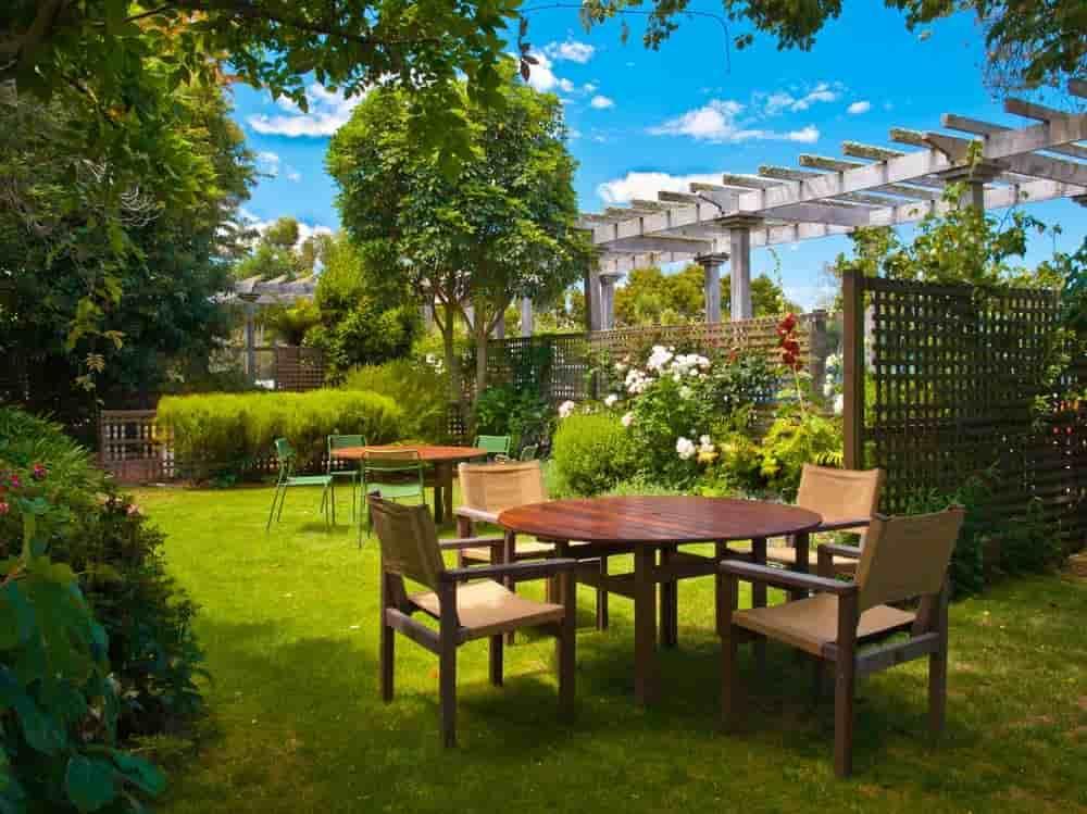 Careful Landscapingmake luxury apartments more luxurious
