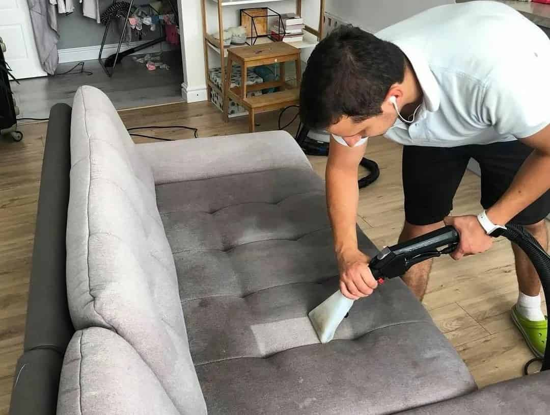 Different Ways For About How to Save Money with Sofa Repairing
