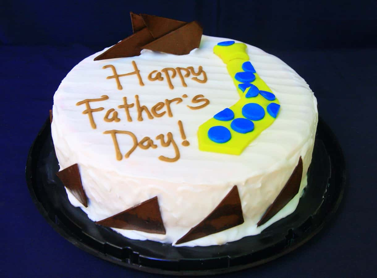 Give the cake to father