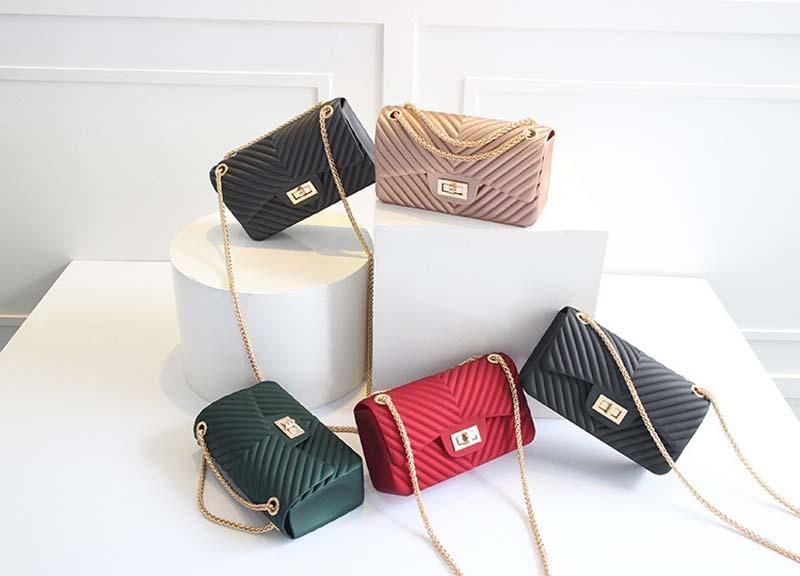 Purchase Trendy Clutches From The Online Store