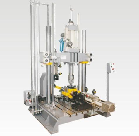 Three-axis fatigue testing machine
