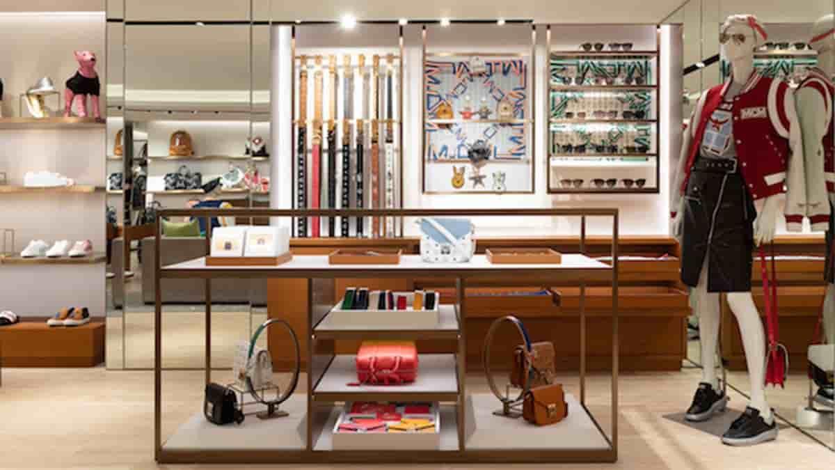 luxury fashion accessories store