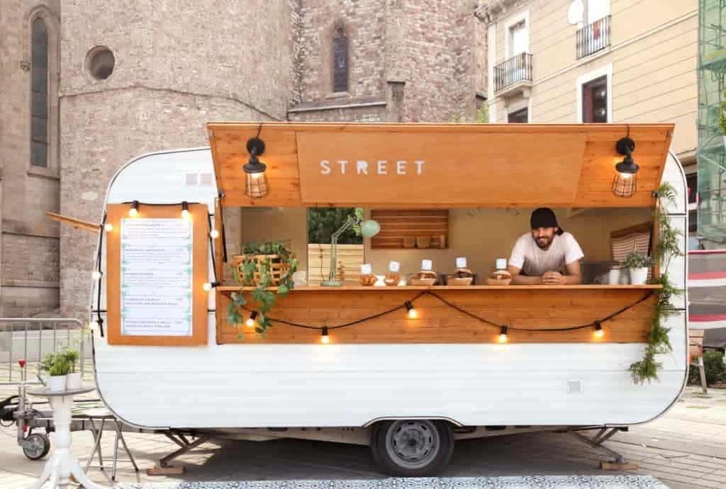 Get Fun trail in Street Food By seeing Cook Off Challenges!