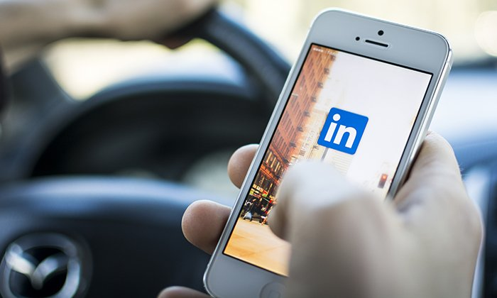 What it takes to build a networking app such as LinkedIn?
