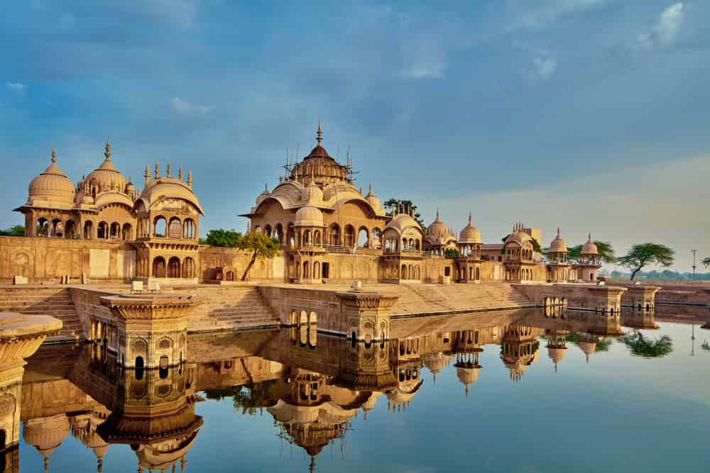 Most Famous And Lovely Tourist Places In India