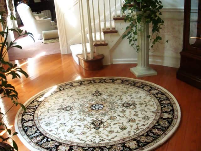 round rug in rug stores