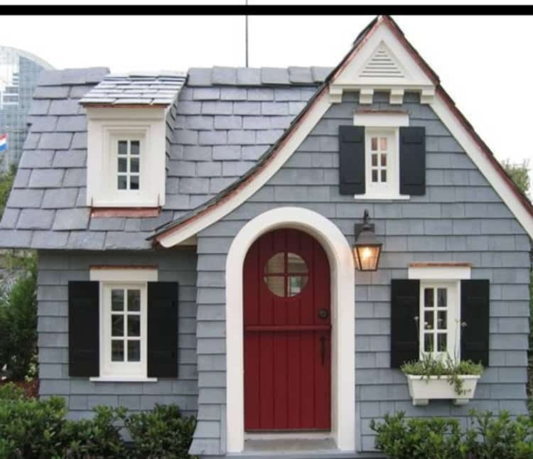 Financial reasons to start looking for tiny houses near you