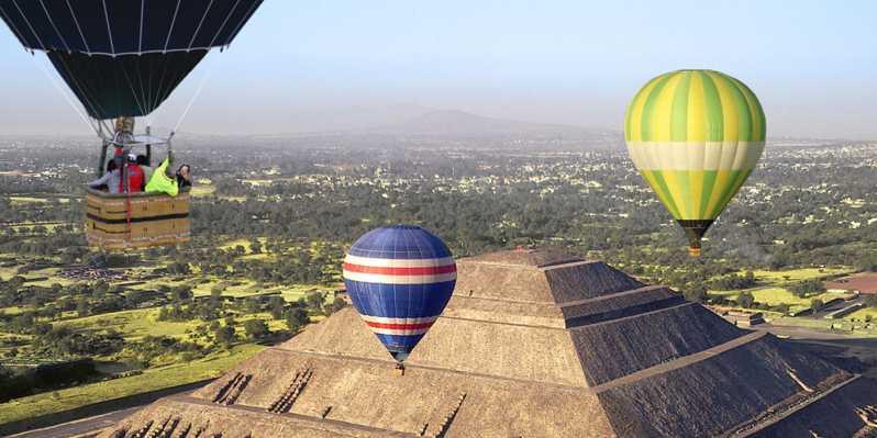 Hot Air Balloons Flight Tour