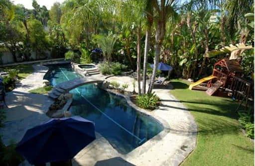 Carlos Mencia garden