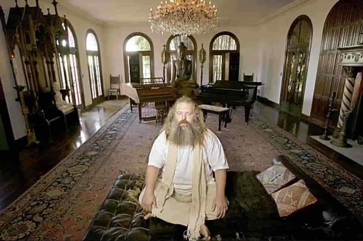 Rick Rubin Net Worth according to Malibu Cottage